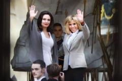 Angelina Jolie, primita la Elysee: A vorbit cu Brigitte Macron despre hartuirea femeilor