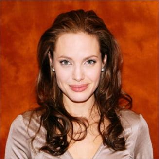 Angelina Jolie ar putea fi din nou insarcinata