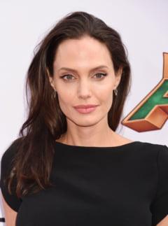 Angelina Jolie devine profesoara la o universitate din Londra