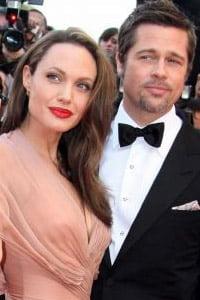 Angelina Jolie ii face cadou lui Pitt un maslin de 26.500 de dolari