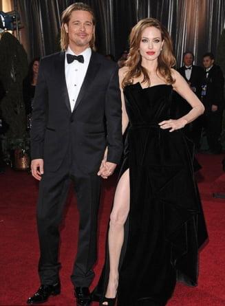 Angelina Jolie si Brad Pitt - iata ce i-a facut fericiti inainte de casatorie (Galerie foto)