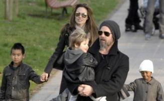 Angelina Jolie si Brad Pitt au propriul tren