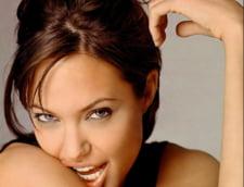 Angelina Jolie si Roger Federer - modelele tinerilor romani