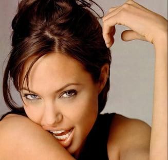 Angelina Jolie va filma o poveste de dragoste din timpul razboiului din Bosnia
