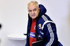 Anghel Iordanescu, atacat violent: E nebun!