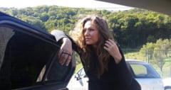 "Anna Lesko, acuzata de fani ca e vulgara: ""Impopotonate ca bradul de Craciun"" Ce poza a putut sa posteze"