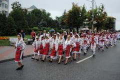 "Ansamblu din Republica Moldova, invitat de onoare la Concursul ""Calusul Romanesc"" de la Slatina"