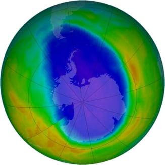 Antarctica: Gaura din stratul de ozon a devenit mai mica