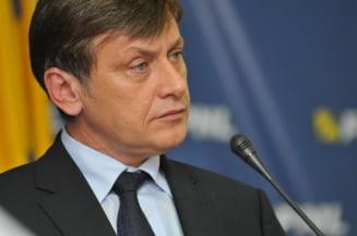Antonescu: Basescu a sunat oameni din PSD pentru functia de premier