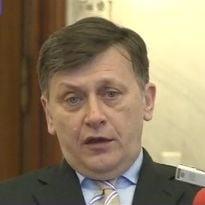 Antonescu: Basescu are obisnuinta ca mandatele sale sa se transforme in hotarari ale CCR