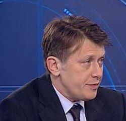 Antonescu: Basescu este intr-o campanie neintrerupta