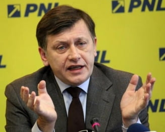 Antonescu: Daniel Constantin e ridicol; fiind totusi un exemplar inteligent - ca nu e un prost