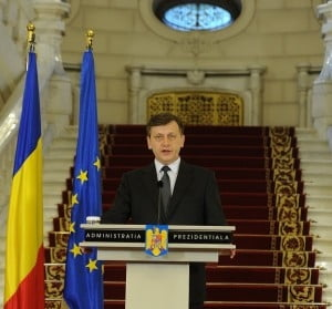 Antonescu: Era elementar sa-i demit pe consilierii lui Basescu, Fota era obraznic