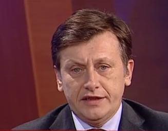 Antonescu: Eventuala schimbare a premierului este o afacere intre Basescu si Boc