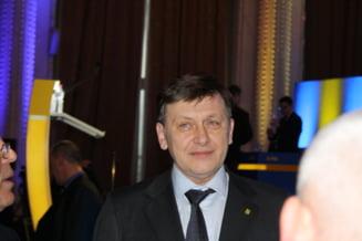 Antonescu: Imi dau demisia daca luam sub 20% la alegerile europarlamentare