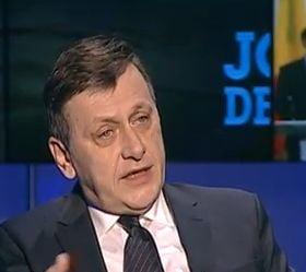 Antonescu: In Romania sunt manifestari de boala politica. Nu poti sa acuzi premierul ca e corupt, razand