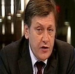 Antonescu: In locul lui Patriciu, mi-as da demisia din PNL - Voiculescu, personaj pozitiv