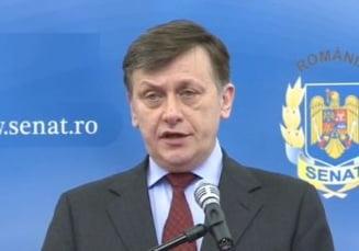 Antonescu: Legal, Ponta nu era obligat sa participe la discursul lui Basescu, dar ii respect decizia (Video)