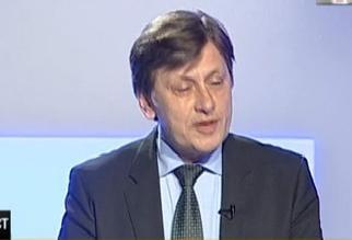 Antonescu: MRU nu poate fi credibil ca sef PDL. Singurul cu o sansa - Basescu