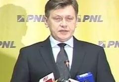 Antonescu: Nici laudatorii presedintelui nu pot sustine ca politistii sunt manipulati politic (Video)