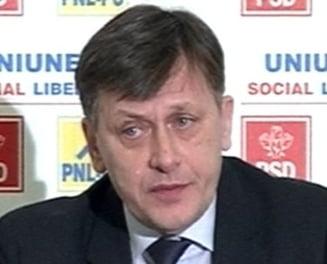 Antonescu: Nu-l votam pe Ungureanu, un premier peste un guvern de marionete