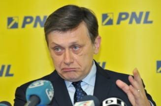 Antonescu: Nu ma surprinde ca Tariceanu isi face partid, pentru PNL e un deja-vu