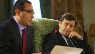 Antonescu: Ponta depinde de Basescu, ii este tot mai frica