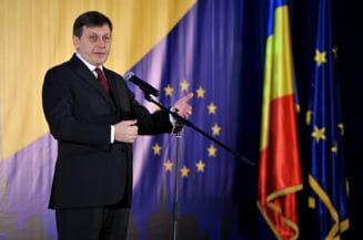 Antonescu: Ponta nu intelege si nu practica asa cum se cuvine separatia puterilor in stat