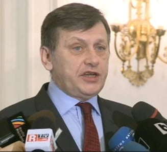 Antonescu: Programul politic e un siropel ieftin si dulceag, Ponta si USD incearca sa minta o tara intreaga