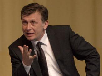 Antonescu: Solutia globala e suspendarea lui Basescu