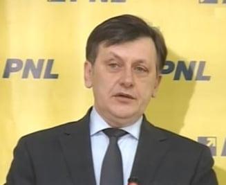 Antonescu: Solutia pentru iesirea din criza - o noua majoritate si suspendarea lui Basescu (Video)