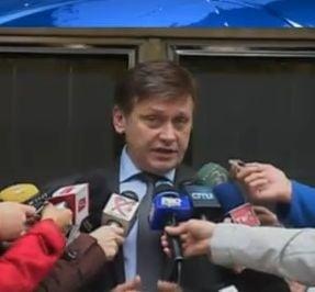 Antonescu: Toti parlamentarii PNL vor vota in favoarea motiunii (Video)
