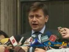 Antonescu: Toti parlamentarii PNL vor vota in favoarea motiunii