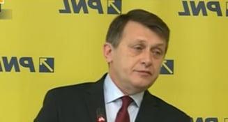 Antonescu, atac dur la Ponta si la Basescu: E inacceptabil ce au facut in cazul procurorului Papici