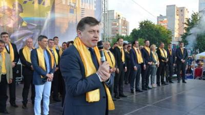 Antonescu, de neclintit: Indiferent ce scor va obtine PNL, Tariceanu ramane un tradator jalnic