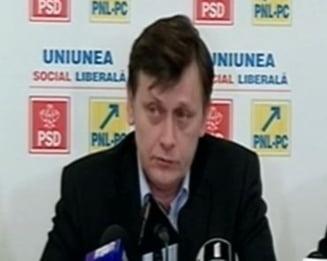 Antonescu, despre Basescu: Nu noi am baut frateste cu Voronin