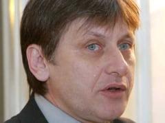 Antonescu, despre Basescu si Patriciu: Doi barbati puternici care plang foarte usor