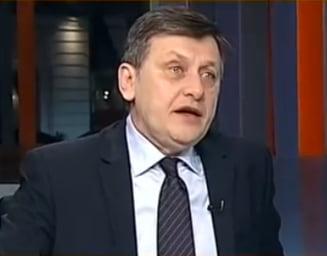 Antonescu, despre Tariceanu: E greu sa negociezi in USL cand ti se baga cutitul in spate