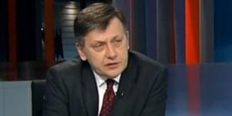 """Antonescu, despre pericolul intoarcerii la demagogia dinainte de 2004 si """"natura sovietica a PSD"""""""