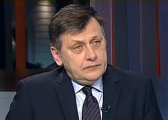 Antonescu, linistit de colegi: Nu va avea de ce sa isi dea demisia