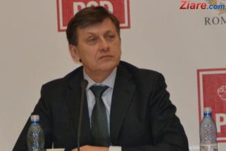Antonescu, lui Ponta: Daca vreun presedinte pretinde ca va e sef, nu-l bagati in seama
