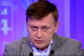 Antonescu, nou atac la Oprescu: Primaria, nu Parlamentul, prinde cainii de pe strada! (Video)