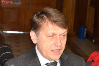 Antonescu a discutat cu Martin Harris despre intentiile USL privind Constitutia si raportul MCV
