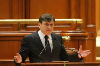 Antonescu anunta ca demisioneaza de la sefia Senatului, dupa o cearta cu Ponta in Parlament