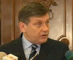 Antonescu asteapta explicatii de la Ponta in legatura cu anularea sedintei Birourilor Permanente (Video)