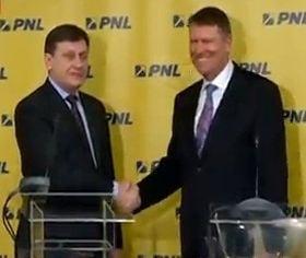 Antonescu il vrea pe Iohannis in conducerea PNL: E bun de premier. Si de presedinte