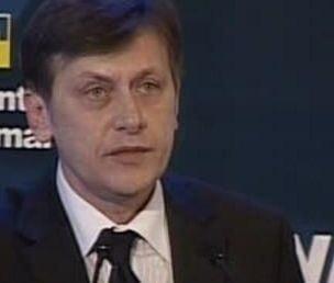 Antonescu nu-l vrea pe Ponta premier, daca trece motiunea