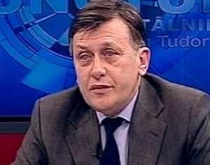 Antonescu nu se multumeste cu plecarea lui Boc: Nu accepta nici premier tehnocrat!