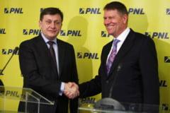 Antonescu sau Iohannis? Cine este cel mai potrivit candidat PNL la prezidentiale? - Sondaj Ziare.com