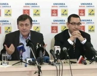 Antonescu si Ponta, despre demisia lui Boc: Pleaca cel mai mincinos Guvern